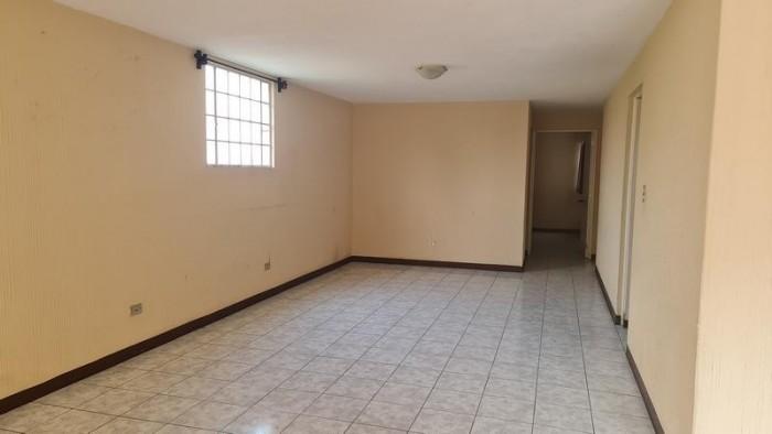 Casa en Venta y Renta de un Nivel en San Cristobal
