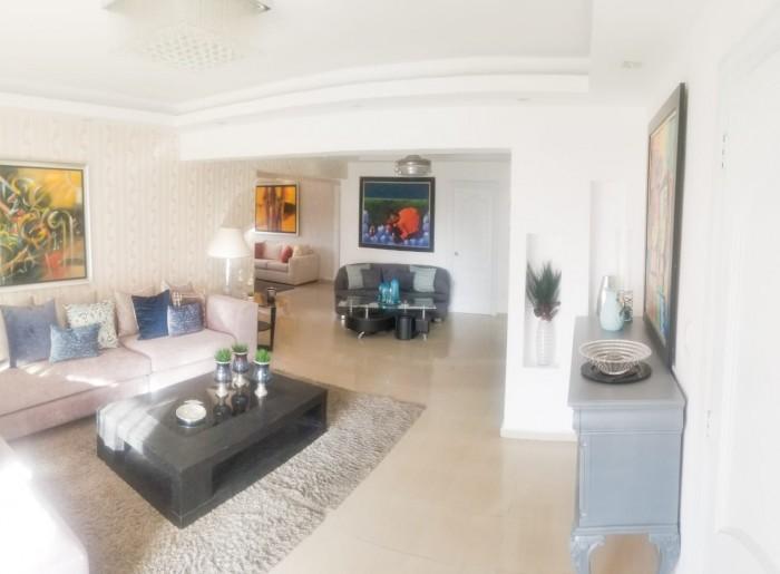 Amplio apartamento amueblado en renta en Evaristo 2 hab