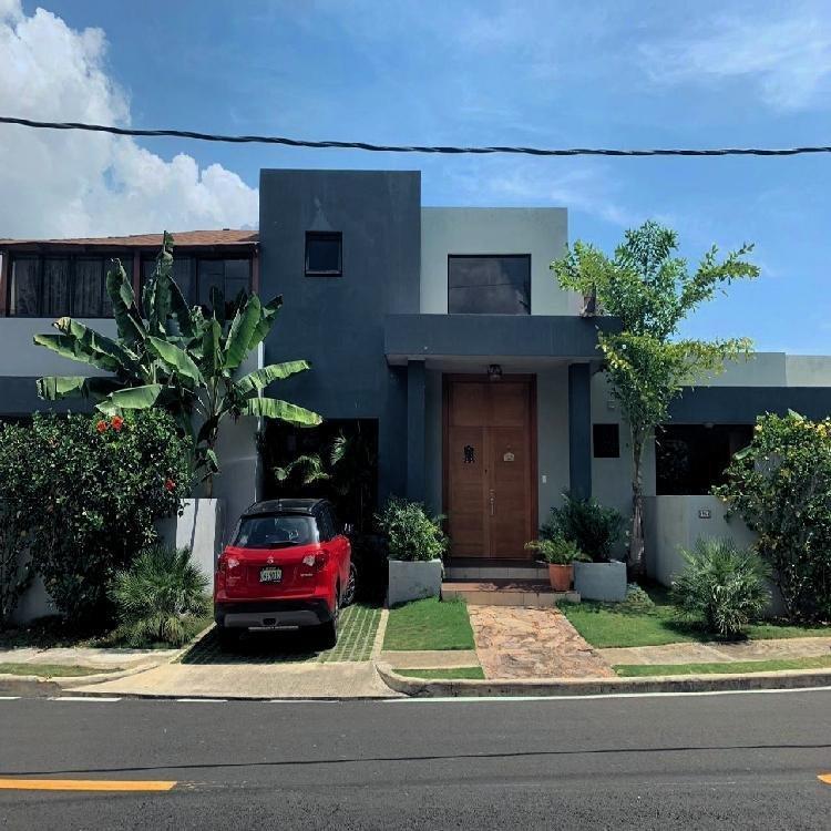 Casa en Venta,  Isabel Villas Santo Domingo