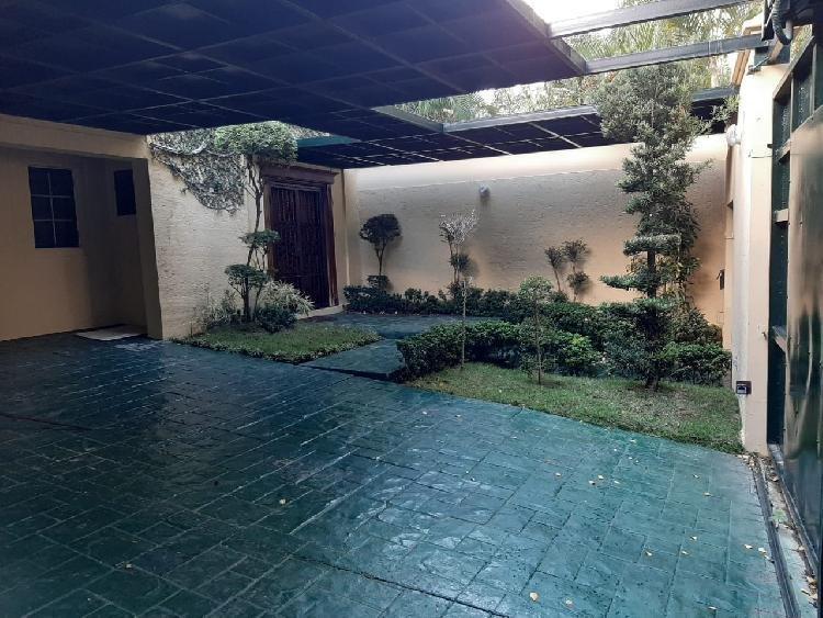 Casa en Venta y Alquiler en los Pinos de Arroyo Hondo