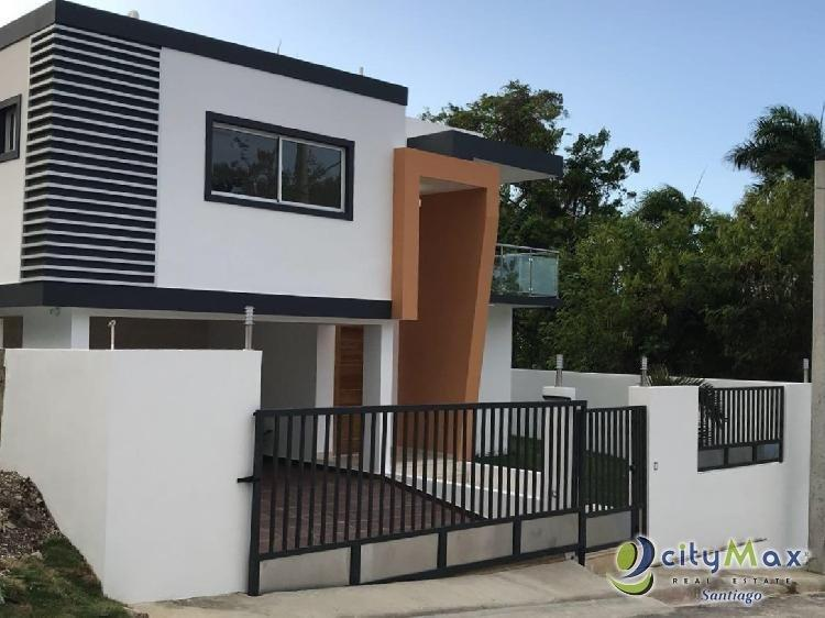 SE vende casa en zona turística, puerto plata.