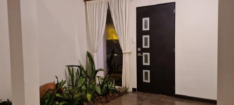 Casa en renta Carretera a El Salvador, en condominio