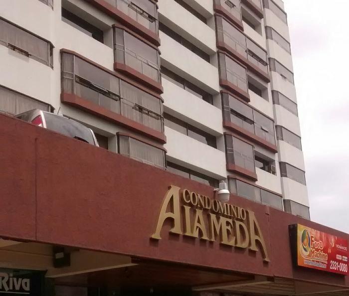 Apartamento en renta Edificio Alameda zona 9