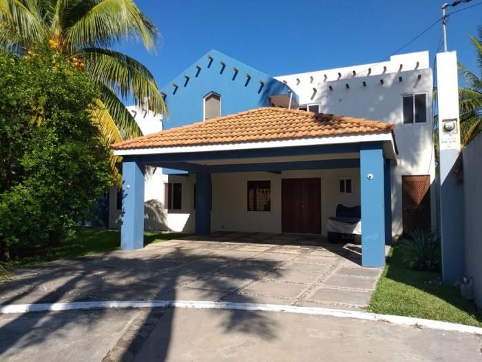 Vendo hermosa casa en condominio de Puerto San José