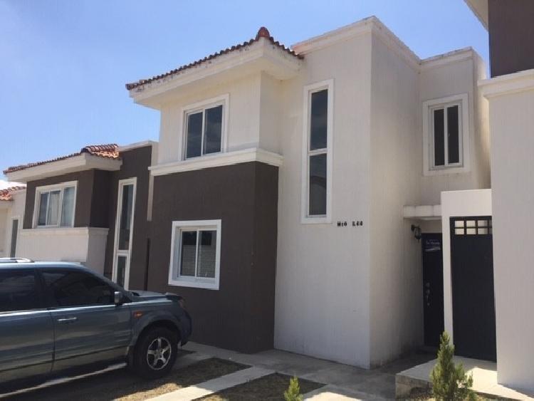 Casa en Venta Carr. al Salvador km 30 Cuota Q.4,921