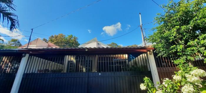 HERMOSA Casa en venta en Chalatenango