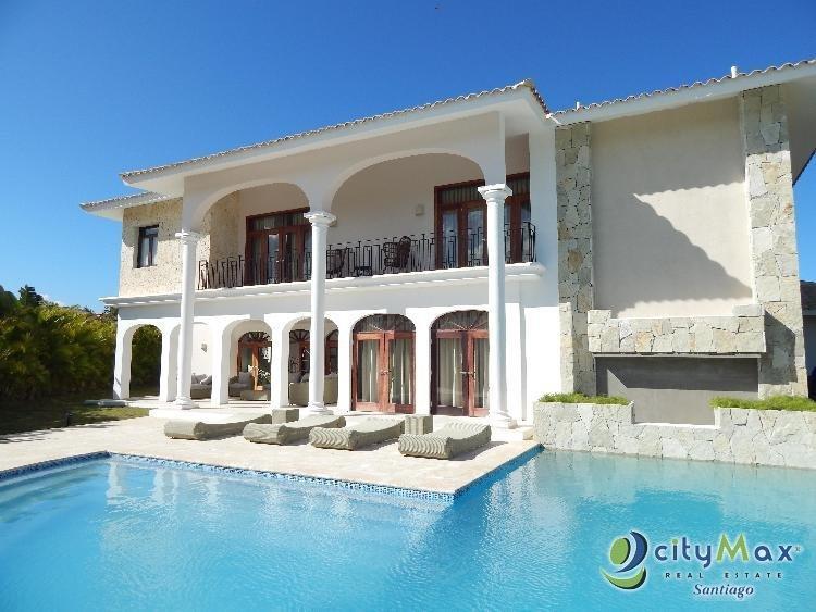 VENDE Villa Amueblada con piscina en Punta Cana