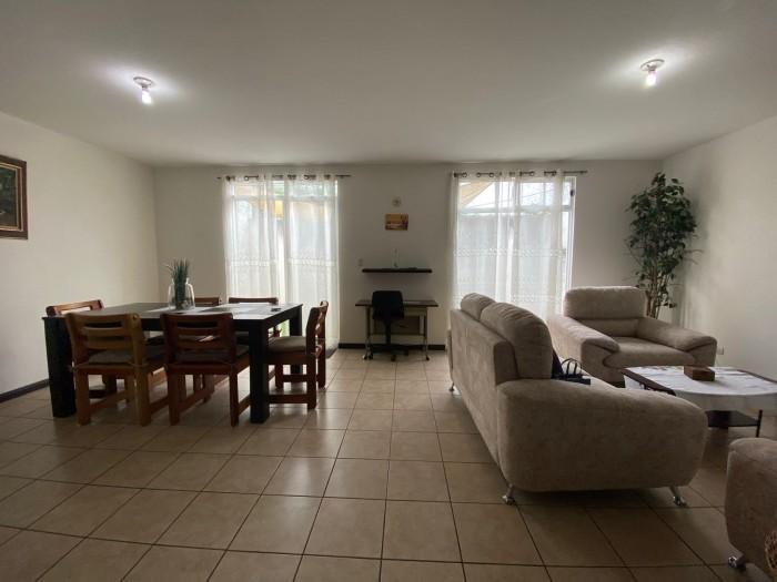 Casa en Venta Condominio Zona 4 de Mixco Guatemala