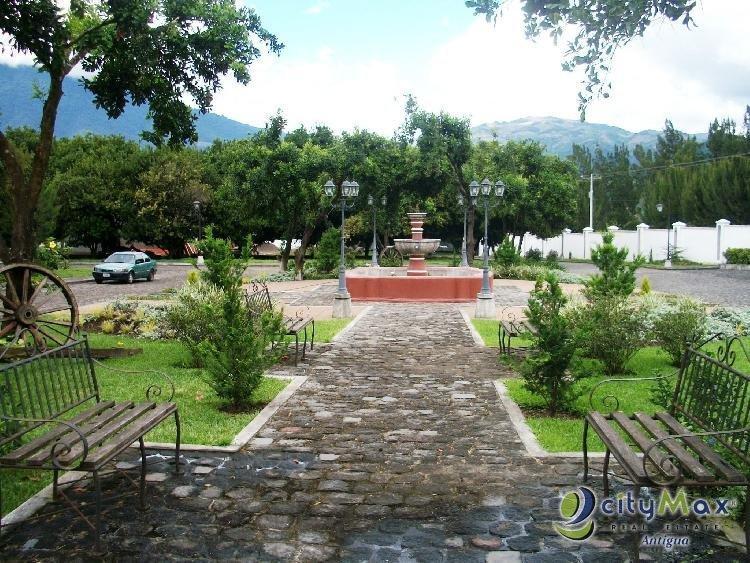 CitymaxAntigua vende terreno en Hacienda del Comendador