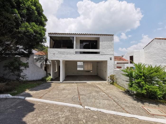 Casa en Renta en Condominio carretera el Salvador