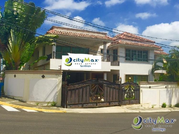 Casa En venta y  Renta en los Cerros de Gurabo Santiago