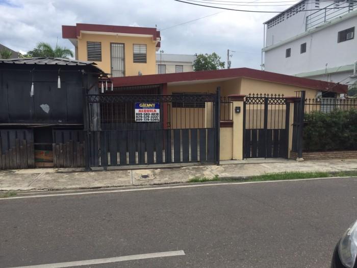 CASA-LOCAL COMERCIAL - LOS JARDINES METROPOLITANOS