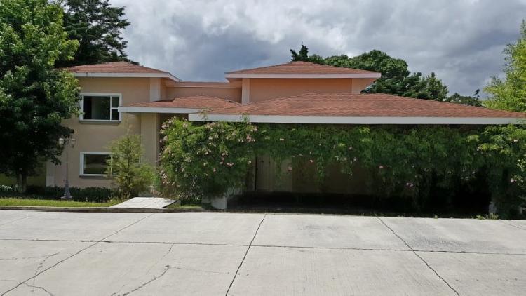 Casa en renta de 1 nivel en Casa Y Campo  en CESA