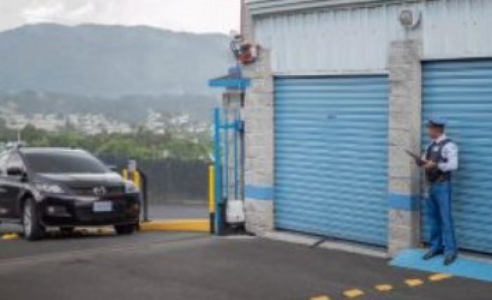 Renta de Bodegas en avenida Hincapié zona 13 Guatemala