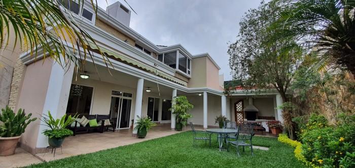 Casa en Venta en Vila Verde Fraijanes