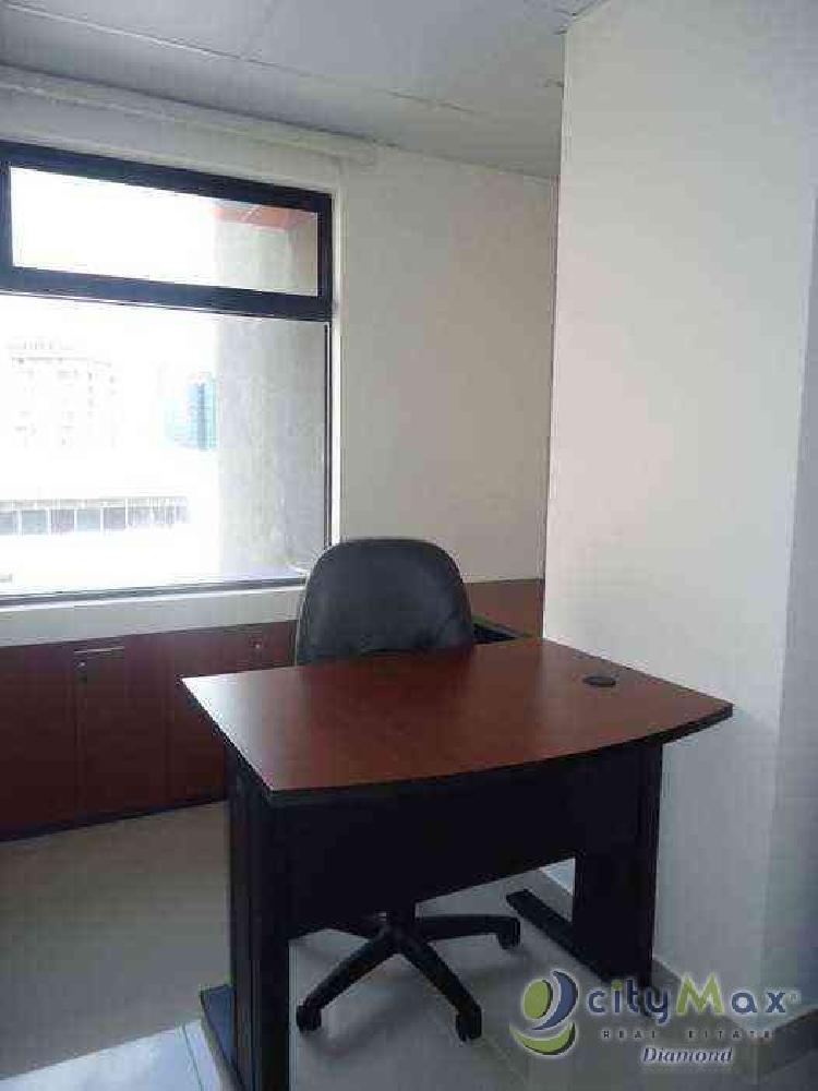 Alquilo Oficina con 9.00 m2 en Zona 10