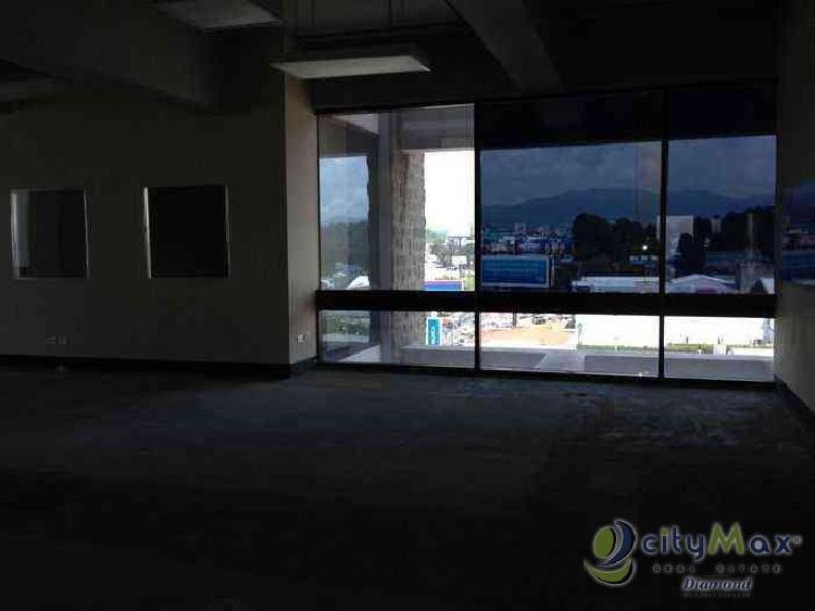 Alquilo Oficina con 131.00m2 en Zona 7 PAO-016-06-14-8