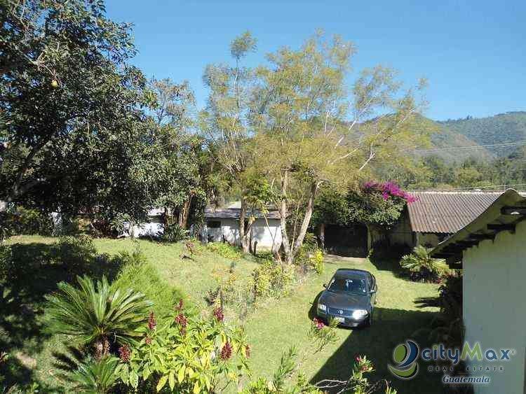 Terreno en venta sobre carretera a Antigua Guatemala